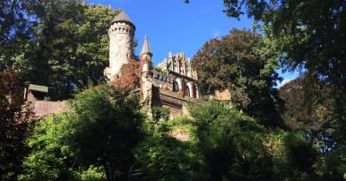 Heute, 23. April: Gypsy Jazz-Konzert – Alsterschlösschen Burg Henneberg – 16 Uhr