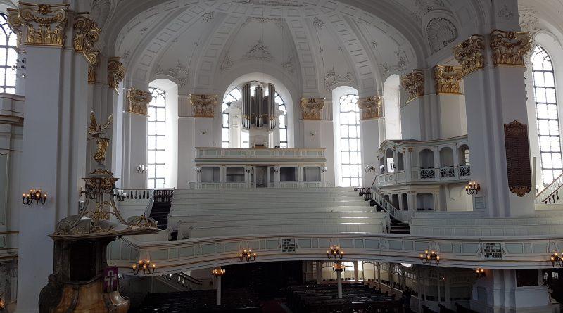Innenansicht vom Michel (St. Michaelis) in Hamburg-Neustadt